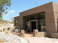 720 E Chula Vista Rd, Tucson, AZ 85718 - Home For Sale and Real Estate Listing - realtor.com® This is a funky one.
