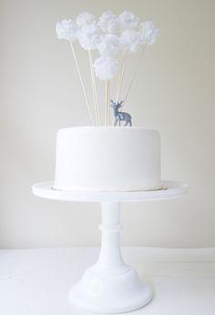 Winter White Cake cute decor