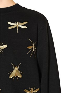 28 Ideas Sweatshirt Embroidery Clothes For 2019 Style Outfits, Mode Outfits, Fashion Details, Fashion Design, Embroidery Fashion, Mode Inspiration, Moschino, Knitwear, What To Wear