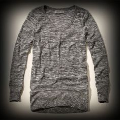 Hollister レディース Tシャツ  ホリスター Crest Canyon Extra Long T-Shirt ニット Tシャツ ★アバクロの姉妹ブランドとして知名度も高く芸能人も多数愛用している人気ブランドHollister!注目の今季新作アイテム。 ★シンプルでどんなアイテムとも合わせやすい便利なニットTシャツ。嬉しいチュニック丈。
