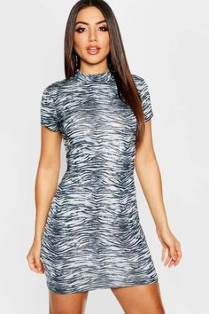Shop the latest fashion trends for discounted prices with boohoo's sale dresses. From mini to maxi dresses and everything in-between, you will be sure you find a cheap bargain that will get you looking mighty fine without breaking the bank! Cheap Dresses, Dresses For Sale, Online Shopping Clothes, Dress Collection, Latest Fashion Trends, Cap Sleeves, Going Out, High Neck Dress, Street Style