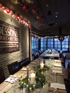 a beautiful holiday wedding dinner in the Porch room at Virtue Feed & Grain #virtueevents #holidaydecor