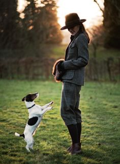 This could be my Jack Russel! British Country Style, English Country Manor, Country Wear, Country Fashion, English Style, Town And Country, Country Chic, Country Living, English Countryside