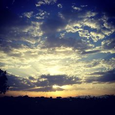 #clouds #cloudporn #instaclouds #earlymorning #nuvole