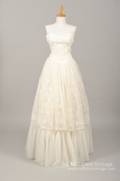 New In! 1960 Embroidered Chiffon Vintage Wedding Gown