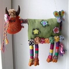 Some Tips, Tricks, And Techniques For The Perfect fabric dolls Fabric Toys, Fabric Art, Fabric Crafts, Sewing Toys, Sewing Crafts, Sewing Projects, Monster Dolls, Fabric Animals, Sock Animals