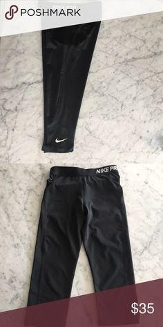 Nike spandex running leggings! Nike, size Small, spandex polyester running leggings. Worn once, in perfect condition! Nike Pants Leggings