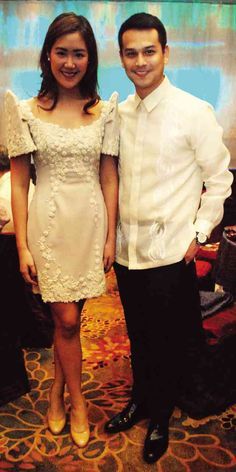 Modern Filipiniana Gown, Filipiniana Wedding, Filipino Fashion, Asian Fashion, Women's Fashion, Beautiful Gowns, Beautiful Outfits, Grad Dresses, Reception Dresses