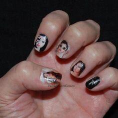 Selena Gomez-nails