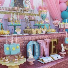 Minnie Mouse Carnival for Adelynn's Birthday! Carousel Birthday, 1st Birthday Themes, Circus Birthday, Baby Girl Birthday, Turtle Birthday, Turtle Party, Birthday Ideas, Circus Carnival Party, Carnival Birthday Parties