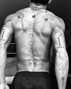 Small Dope Tattoos, Hot Guys Tattoos, Neck Tattoo For Guys, Back Tattoos, Sexy Tattoos, Unique Tattoos, Body Art Tattoos, Sleeve Tattoos, Tatoos