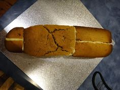 Delicious Art: Aeroplane Cake with picture tutorial