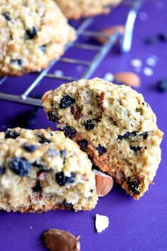 Blueberry almond oatmeal cookies are my newest obsession! Blueberry Oatmeal Cookies, Oatmeal Scones, Blueberry Scones Recipe, Oatmeal Cookie Recipes, Delicious Cookie Recipes, Blueberry Recipes, No Flour Cookies, Yummy Cookies, Sour Cream Scones