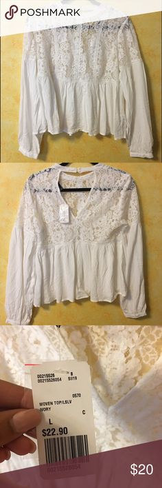 White Peplum Top, NWT! Brand new! Super cute with lace and perfect for going out. Purchased this year, but too big. Forever 21 Tops Blouses