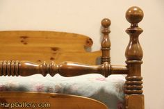 Ethan Allen Country Pine Queen Size Vintage Bed   Harp Gallery Antique  Furniture