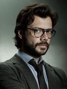 Cartel Álvaro Morte Peaky Blinders Season, Series Movies, Netflix Series, Tv Series, Baby Superhero, Sketch Markers, Handsome Actors, Tv Actors, Face Claims