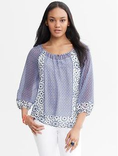Discover sophisticated blouses and tops for every occasion from tailored shirts in cotton poplin to silky-soft camisoles, perfect for layering. Mom Style, Granite, Banana Republic, Cover Up, Quarter Sleeve, Fashionable Mom, Sewing, Sleeves, Prints