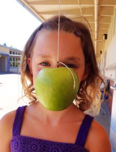 Cute idea for doing Magritte portraits! (art teachers)