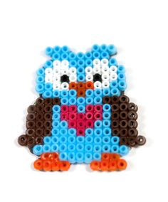 Owl Shaped Magnet - My daughter made this for her owl loving friend; it looks lovely & I'd make one for myself too, if I had time! Melty Bead Patterns, Pearler Bead Patterns, Perler Patterns, Beading Patterns, Perler Beads, Perler Bead Art, Fuse Beads, Owl Perler, Motifs Perler
