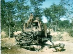 Kwe was hit on rhs of engine by a Engine was totalled as was front axle. Chassis beams blown out to the left. It was difficult to recover as normal anchor points were gone. South African Air Force, Army Day, Defence Force, My Heritage, Military History, Congo, Cold War, Weapons, Weapons Guns