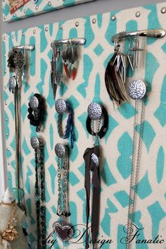 diy Design Fanatic: Jewelry Organizer Tutorial And A Winner!
