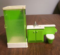 Vintage 1981 Fisher Price Loving Family Dollhouse Furniture – 2 piece Green Bathroom set – Shower Stall, Sink / Vanity / Toilet Combination by RetrowareExchange on Etsy