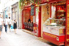 Offbeat Paris - Travel & Escape