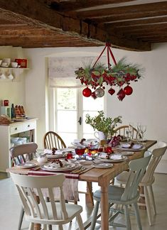 country-cottage-christmas-john-lewis-christmas-decor – A Cottage Dream Country Christmas, Winter Christmas, Christmas Home, Christmas Crafts, Christmas Trees, Merry Christmas, Cottage Christmas Decorating, Christmas Table Settings, Christmas Inspiration