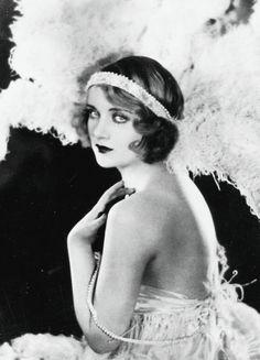 "Kittyinva: 1928 Carole Lombard in ""The Girl From Nowhere""."
