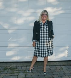 Wearing my Eva Trends Blue Gingham Dress at least one more time before it's to late. Blue Gingham, Gingham Dress, Plaid Dress, Dressy Skirts, My Outfit, Your Style, Long Sleeve Tees, Autumn Fashion, Summer Outfits
