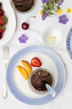 Warmer, veganer, glutenfreier und mit Ahornsirup gesüßter Schokokuchen im Glas, mhhh!   By Carrots for Claire