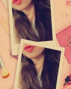 Cute Girl Poses, Cute Girl Photo, Girl Photo Poses, Friend Poses Photography, Teenage Girl Photography, Photography Ideas, Girl Hiding Face, Girl Face, Stylish Girls Photos