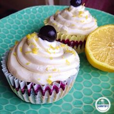 Lemon Blueberry Cupcakes- pinned for the frosting. Strained greek yogurt, sweetener and vanilla extract. Must try!