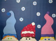 Winter in the classroom-BB idea with student made snowflakes Did this in the window at the school. I have to take a pic and upload Winter Art Projects, Winter Project, Winter Crafts For Kids, Winter Kids, Crafts For Kids To Make, Projects For Kids, Art For Kids, Kids Crafts, Tapas