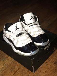 387569734e32 Jordan 11 Retro Low Little Kids 505835-145 Emerald White Shoes Youth Size  13