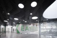 Gallery of Easton Commercial Center / Lahdelma & Mahlamäki Architects - 4