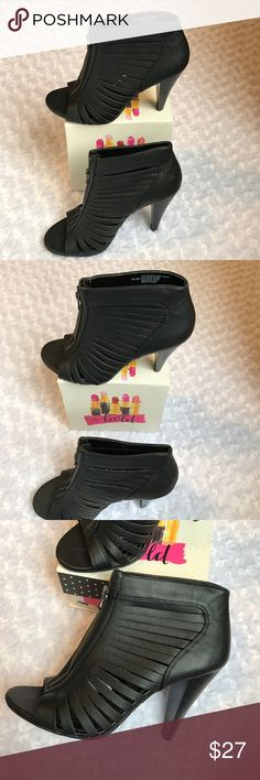 "UNLISTED BLACK SLIT PEEP TOE ZIPPER BOOTIES Spring Time! Add these to your wardrobe to pair with almost everything! Literally!! Day to Night! 4"" heel. All Man made. -No trades. Unlisted Shoes"