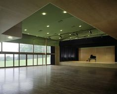 Michael S. Currier Center @ Putney School   STAGE and lighting