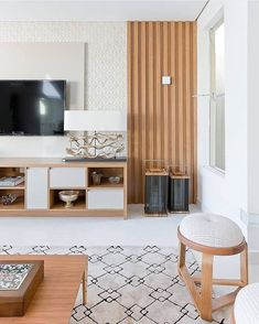 Trendy Home Sala Grande Madeira Living Room Wall Units, Living Room Flooring, Living Room Interior, Home Living Room, Living Room Designs, White Interior Design, Piece A Vivre, Family Room Design, Living Room Inspiration