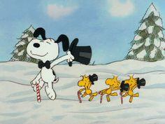 Imágenes en movimiento de Snoopy en Navidad.