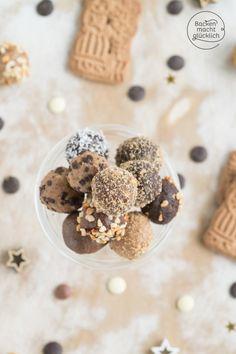 Spekulatius-Pralinen mit Schokolade | Backen macht glücklich Christmas Feeling, Mini Foods, Chocolate Truffles, Dinner Table, Diy Food, Cereal, Good Food, Lime, Food And Drink