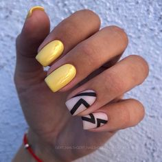 simple and cute natural acrylic coffin nails design – Page 23 of 150 – Inspiration Diary – Uña decoradas – acryl Love Nails, Fun Nails, Pretty Nails, Coffin Nails, Acrylic Nails, Gel Nagel Design, French Tip Nails, Short Nail Designs, Yellow Nails
