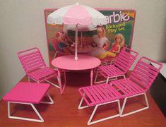 VTG Barbie Backyard Play Set Bbq Patio Furniture Table Chairs Umbrella Pink VGC