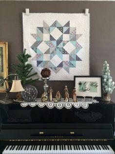 christmas half square triangle quilt