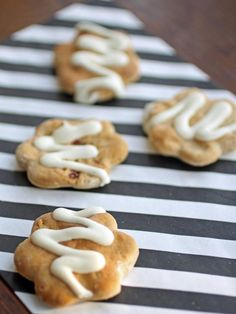 Strawberry Shortcake Dog Biscuits Recipe     Makes three dozen cookies  Ingredients    2 cups diced fresh strawberries  1 teaspoon fresh lemon juice  1/2 cup plus 1 tablespoon granulated sugar  2 cups all-purpose flour  2 teaspoons baking powder  1/2 teaspoon coarse salt  6 tablespoons cold unsalted butter, cut into small pieces  2/3 cup heavy cream