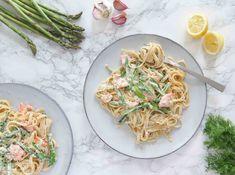 Cremet pasta med laks, forårsgrønt og dild – Tiny Cravings Linguine, Cravings, Spaghetti, Pasta, Ethnic Recipes, Noodle, Pasta Recipes, Pasta Dishes