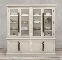 sideboard and hutch Kitchen Display Cabinet, Crockery Cabinet, Kitchen Cabinet Hardware, Cabinet Decor, Display Cabinets, Kitchen Cabinets, Dining Furniture Sets, Furniture Decor, Furniture Design