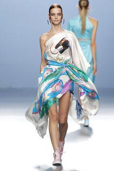 mercedes-benz-fashion-week-madrid-ps16_mariaescote_018