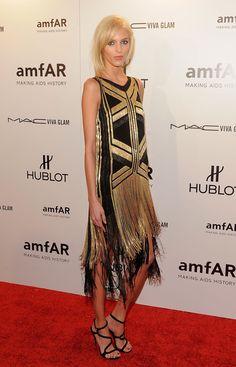 Anja Rubik Photos: amfAR New York Gala To Kick Off Fall 2012 Fashion Week - Arrivals
