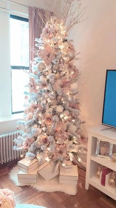Below are the Pink Christmas Tree Decoration Ideas You Will Totally Love. This article about Pink Christmas Tree Decoration Ideas … Pink Christmas Tree Decorations, Rose Gold Christmas Tree, Tiny Christmas Trees, Elegant Christmas Trees, Christmas Tree Design, Noel Christmas, Christmas Crafts, Christmas Tree Ideas 2018, Simple Christmas
